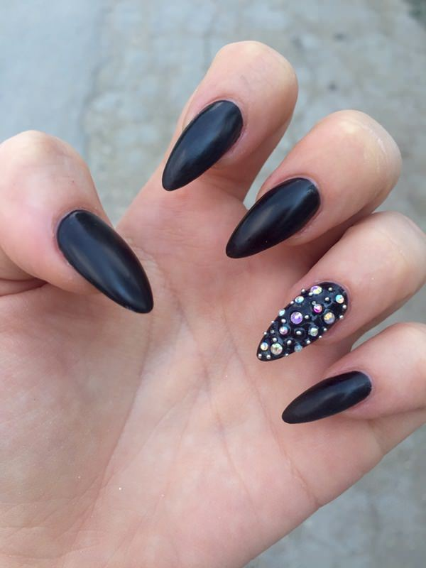35-unhas-stiletto tumblr_nsb3aejsRw1utirl0o1_1280