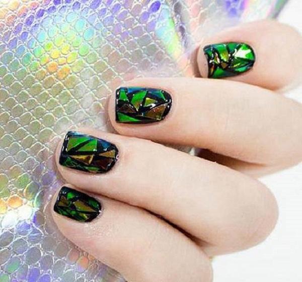 unhas-de-vidro-sao-tendencias-da-moda-4