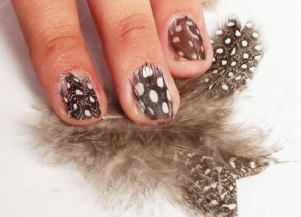 diy-feather-nail-tutorial