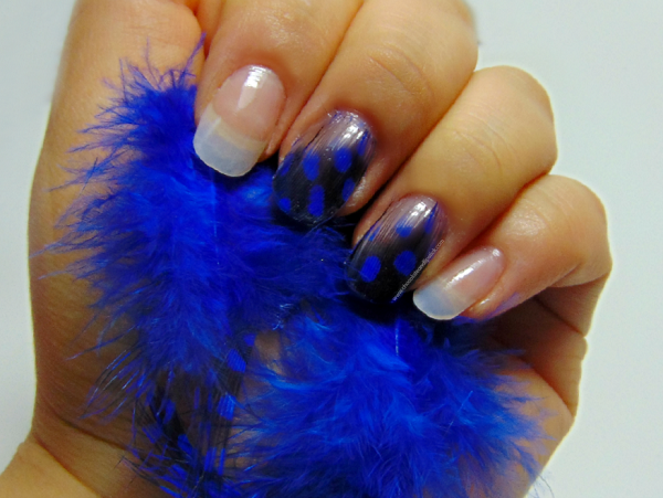 feather-nails-with-name